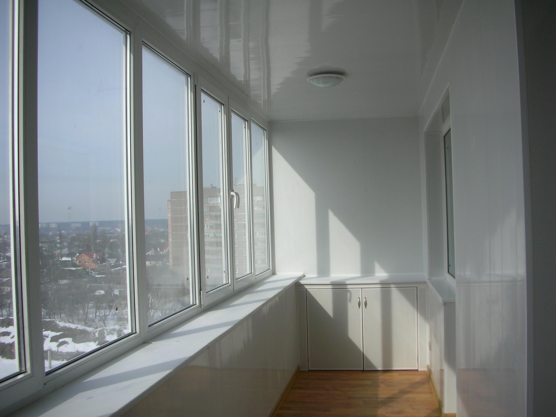 Где купить окна на балкон.